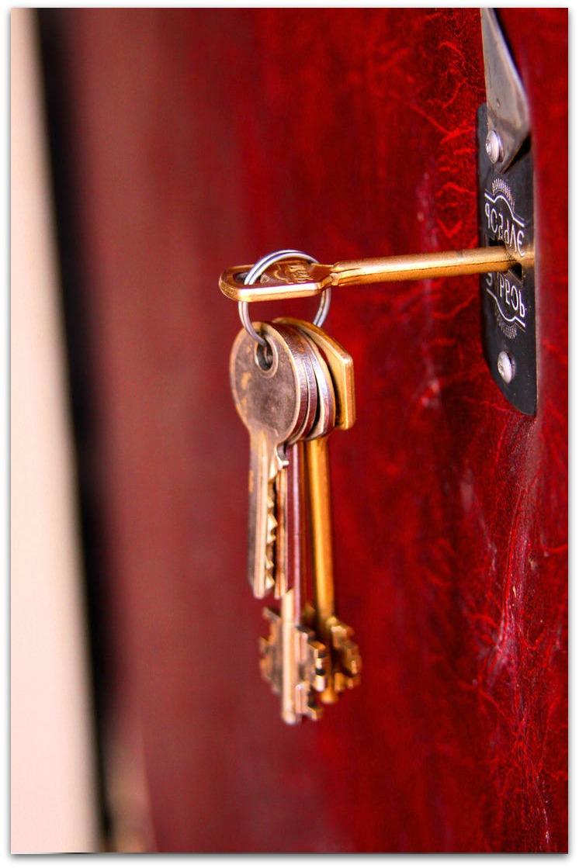nos conseils pour ne pas se faire arnaquer par un serrurier sur menton. Black Bedroom Furniture Sets. Home Design Ideas
