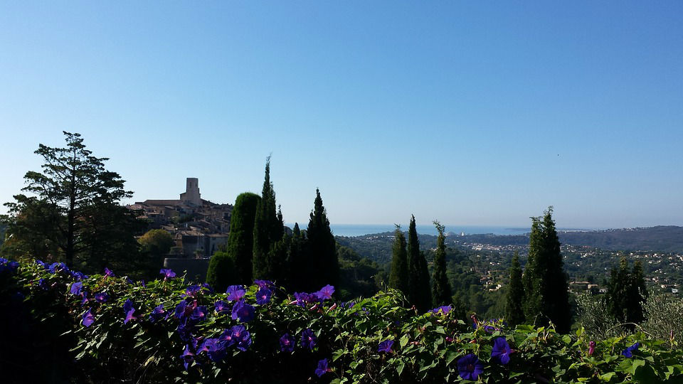 rent villa saint paul vence